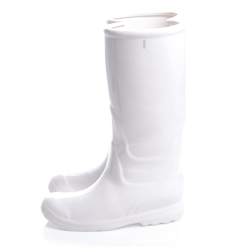 """RAINBOOTS"" IN PORCELAIN. WHITE"